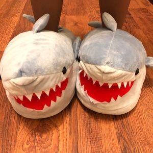 Think Geek | Chomping Shark Plush Slippers